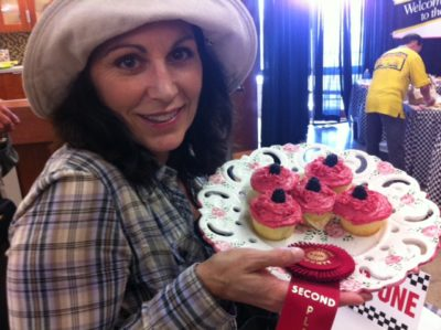 Lise with Lemon Raspberry Frosted Cupcakes
